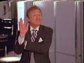 Mel Brooks in una scena di BALLE SPAZIALI