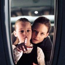 Jodie Foster e Marlene Lawston in Flightplan
