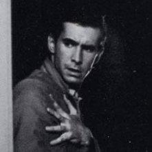 Tony Perkins in una scena di Psycho