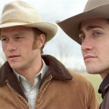 Heath Ledger e Jake Gyllenhaal sul set di Brokeback Mountain