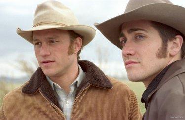 Heath Ledger e Jake Gyllenhaal sul set di Brokeback Mountain