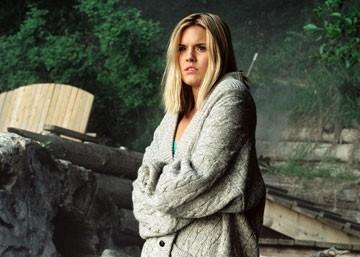 Maggie Grace in una sequenza di The Fog