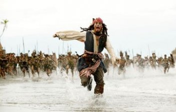Johnny Depp nel film Pirates of the Caribbean: Dead Man's Chest