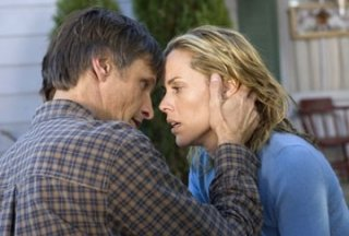 Viggo Mortensen con Maria Bello in A History of Violence