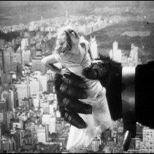 Fay Wray in una scena di KING KONG