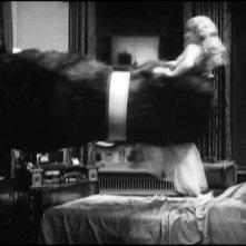 Kong e Fay Wray in una scena di KING KONG