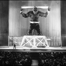 Pericolo imminente in una scena di King Kong, del 1933