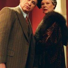 Bob Hoskins e Judi Dench in Lady Henderson presenta