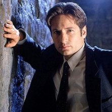 David Duchovny nei panni dell'agente Fox Mulder di X-Files
