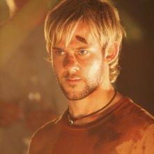 Dominic Monaghan in una scena dell'episodio 2x01 di Lost