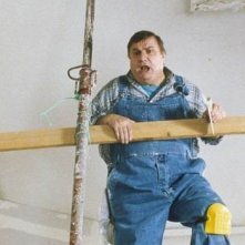 Aldo Maccione in una scena di Travaux - Lavori in casa