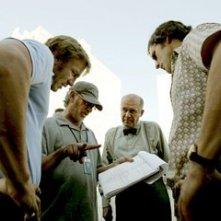 Daniel Craig, Steven Spielberg, Hanns Zischler e Eric Bana sul set di Munich