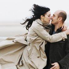 Monica Bellucci e Bernard Campan in una scena del film Per sesso o per amore? (2005)