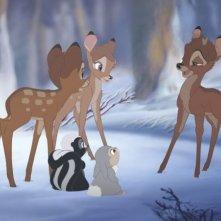 Una scena del film d'animazione Bambi e il grande principe della foresta