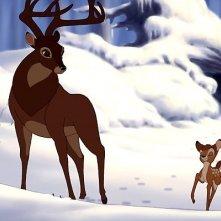 Una scena della pellicola d'animazione Bambi e il grande principe della foresta