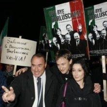 Berlinale 2006: Maurizio Antonini, (sosia di Berlusconi) Jan Henrik Stahlberg, e Lucia Chiarla presentano Bye Bye Berlusconi
