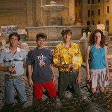 Una scena del film Notte prima degli esami con il cast del film