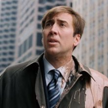 Nuovo look (e nuova acconciatura) per Nicolas Cage in The Weather Man