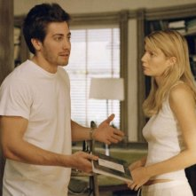 Jake Gyllenhaal con Gwyneth Paltrow in una scena di Proof