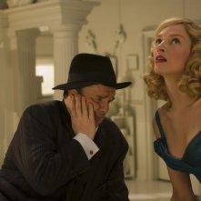 Nathan Lane e Uma Thurman in una scena di The Producers