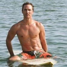 mare e windsurf per Matthew McConaughey in A casa con i suoi