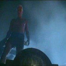 Rutger Hauer in una scena di BLADE RUNNER (1982)