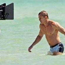 Daniel Craig in costume da bagno sul set di Casino Royale