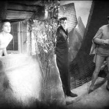 Camilla Horn, Emil Jannings e Gösta Ekman in una scena di FAUST