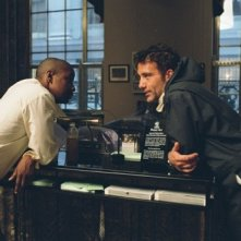 Denzel Washington e Clive Owen in una scena del film Inside Man