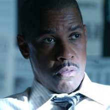 Denzel Washington in una scena del film Inside Man di Spike Lee