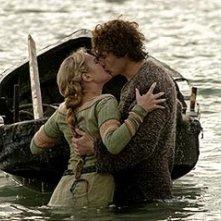 James Franco e Sophia Myles nel film Tristano e Isotta