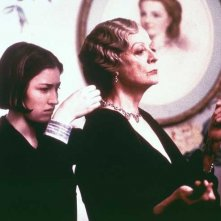 Kelly Macdonald e Maggie Smith in una scena di Gosford Park