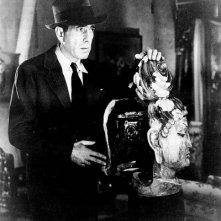 Humphrey Bogart in una scena di IL GRANDE SONNO