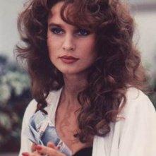 Nicollette Sheridan in una scena della miniserie tv 'Lucky/Chances' ispirata ai racconti di Jackie Collins