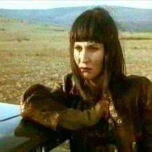 Solveig Dommartin in una scena del film Fino alla fine del mondo (1991), regia di Wim Wenders