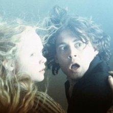 Christina Ricci e Johnny Depp ne Il mistero di Sleepy Hollow