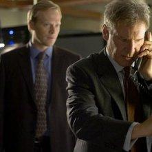 Paul Bettany ed Harrison Ford  nel thriller Firewall Accesso negato