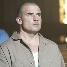 Dominic Purcell in English, Fitz or Percy