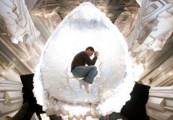 Il regista Bryan Singer sul set di Superman Returns.