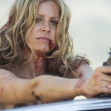 Sheri Moon Zombie in una scena del film La casa del diavolo
