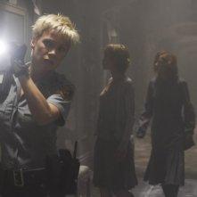 Laurie Holden, Radha Mitchell e Tanya Allen in una scena di SILENT HILL