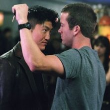 Brian Tee e Lucas Black in una scena del film The Fast and the Furious 3