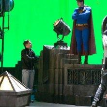 Bryan Singer e Brandon Routh sul set di Superman Returns