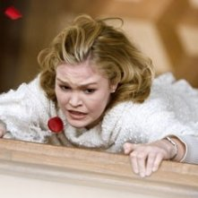 Julia Stiles in The Omen