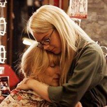 Meryl Streep e Lindsay Lohan in una scena del film Radio America