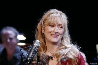 Meryl Streep in una scena del film Radio America