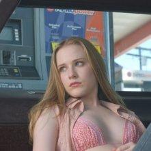 Evan Rachel Wood in una scena di Down in the Valley