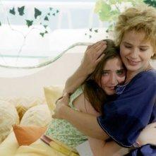 Gabriella Belisario e Laura Morante ne L'estate del mio primo bacio