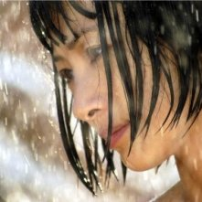 Bai Ling in una scena di Beautiful Country