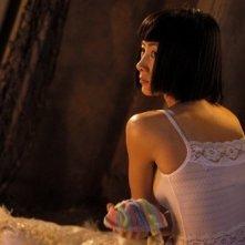 Bai Ling in una scena di Beautiful Country